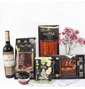 Food gift hampers: Iberian Selection Box
